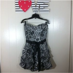 RUBY ROX Strapless Sweetheart Floral Bubble Dres